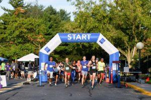 OrthoBethesda-5K-Runners-Starting-Race