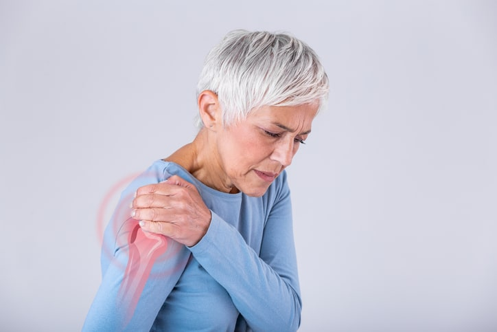 elderly woman with instable shoulder